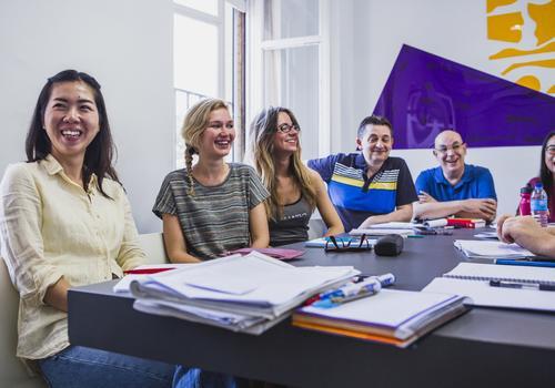 DELE Vorbereitungskurs: Hispania, Escuela de Español
