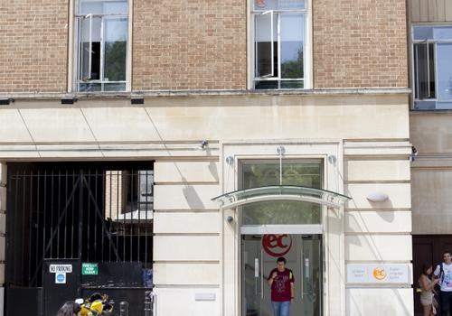 EC Bristol Fassade