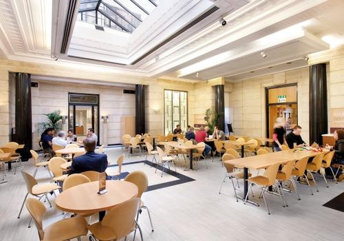 EC London Café