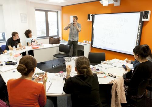 EC Cambridge Klassenzimmer
