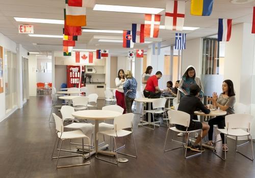 EC Toronto Gemeinschaftsraum
